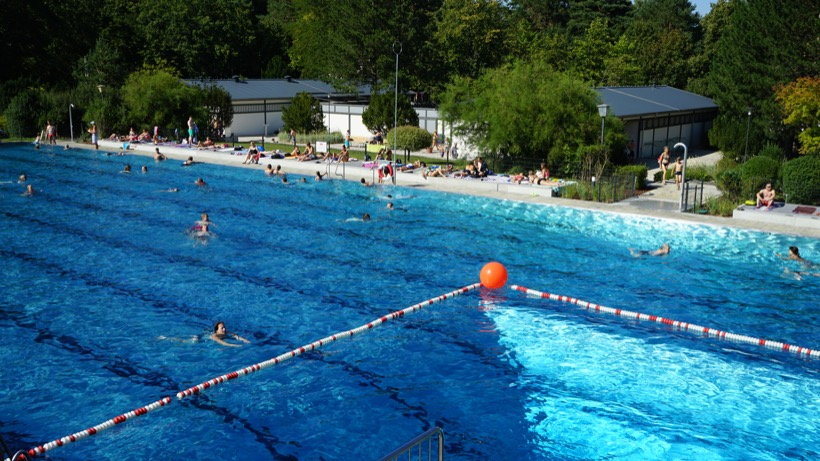 Freibad Kiebitzberge im Sommer 2018 50 Meter Sportbecken